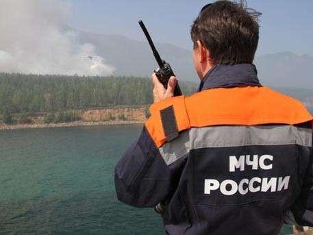 Часть группы спасателей прибыла в район поисков Ил-76