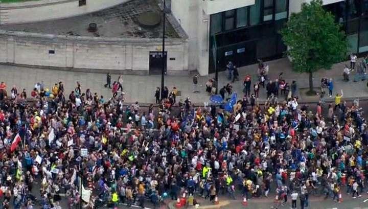 Лондонцы собрались на «Марш за Европу»