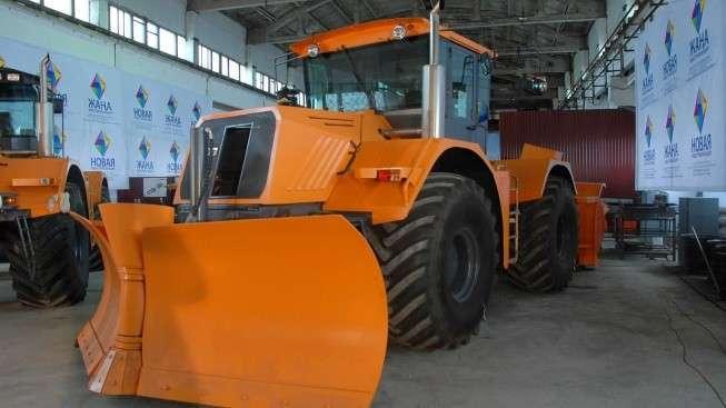 В северном Казахстане запустили тракторный завод по выпуску тракторов К-704-4Р