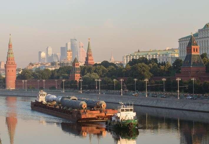 Ижорские заводы поставили оборудование для модернизации Московского НПЗ