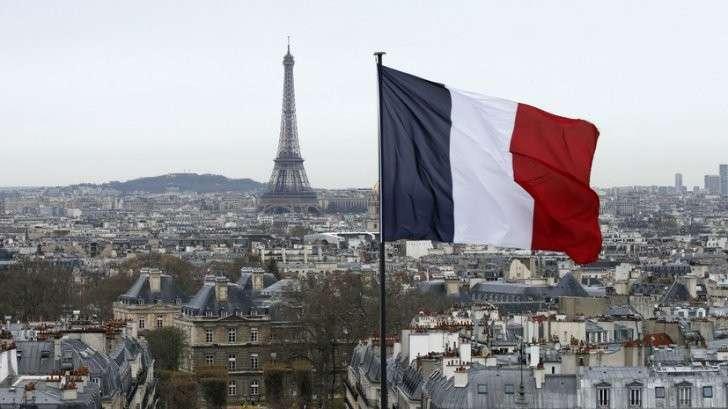 Столица моды и денег: Париж готовится примерить финансовую корону Лондона