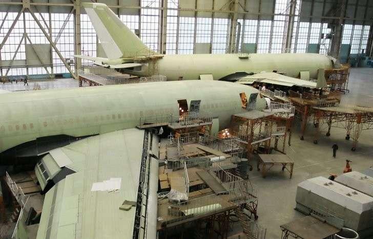 Воздушный пункт управления на базе Ил-96-400 передадут Минобороны РФ в 2016 году