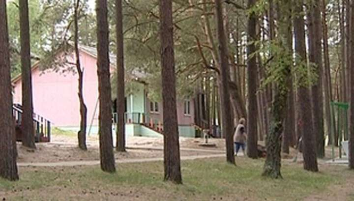 В России обнаружены 33 несанкционированных детских лагеря