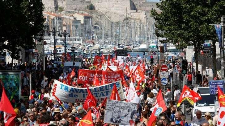 Протесты 360: RT представляет панорамное видео демонстрации в Париже