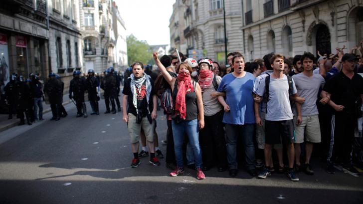 Франция требует изменить трудовое законодательство