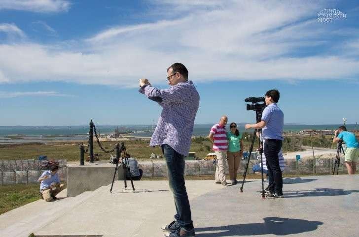 «Молодец, Россия»: иностранные журналисты о строительстве моста в Крым