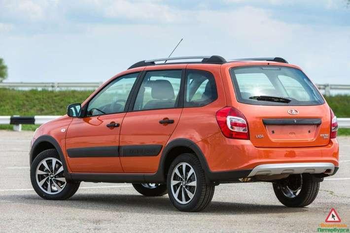 На «АвтоВАЗе» началось производство новой версии универсала Lada Kalina Cross