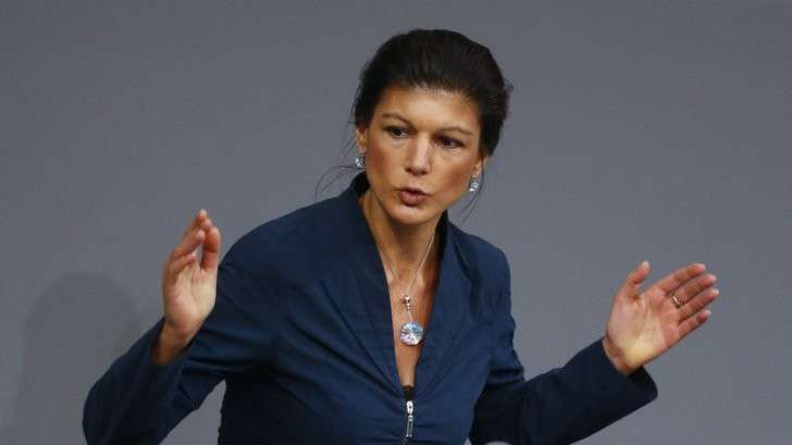 Депутат бундестага: США намеренно пугают Европу Россией