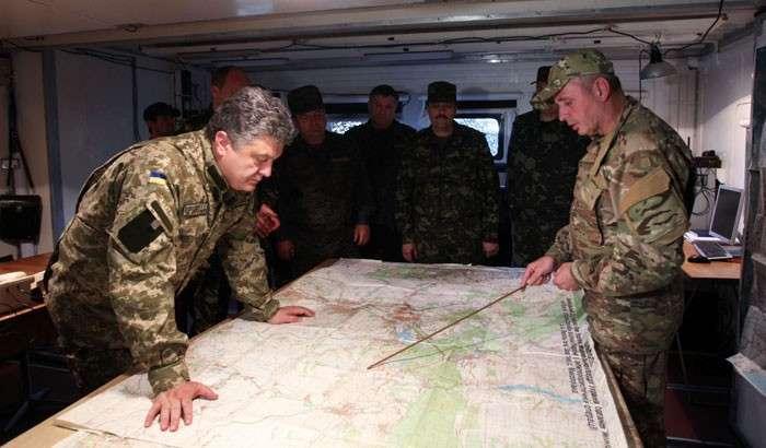 Миролюбие поневоле. Порошенко скорее потеряет Киев, чем возьмёт Донбасс