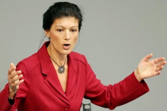 Сара Вагенкнехт – Меркель: хватит рассказывать нам свой бред, в который вы сами не верите!