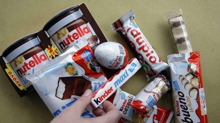 Роспотребнадзор обратился к ЕС из-за опасных веществ в шоколаде Kinder