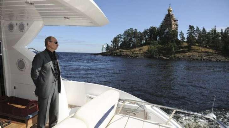 Владимир Путин отдыхает в Карелии