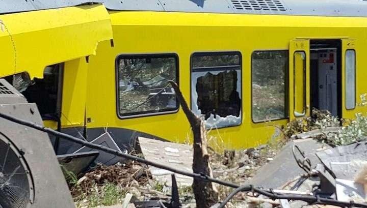 Ж/д катастрофа на юге Италии: число жертв достигло 10 человек
