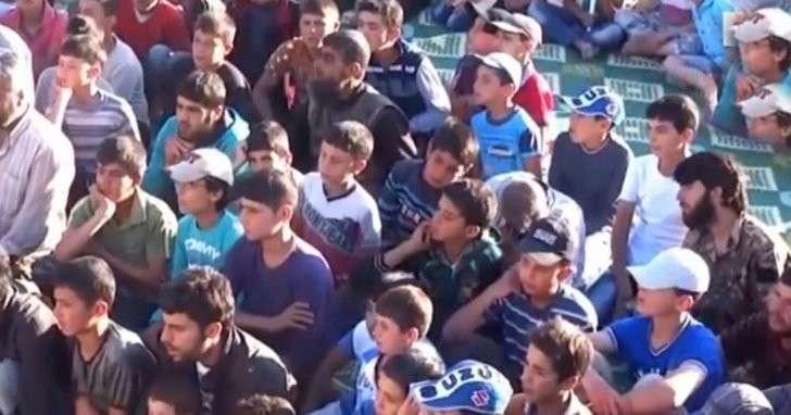 В Турции боевики «Джебхат ан-нусры» вербуют в свои ряды подростков-беженцев