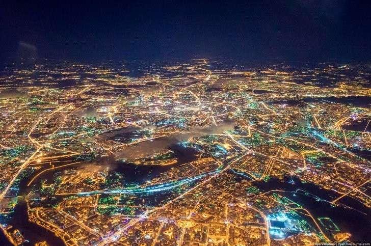 Самые умные начали потихоньку уезжать из больших городов