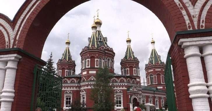 В Волгограде церковный суд призвал священника вернуть квартиру пенсионерке