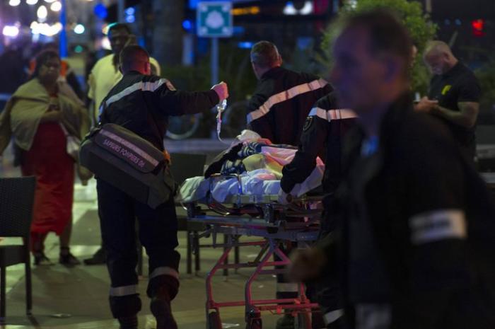 «Самая ужасная трагедия в истории города»: что произошло в Ницце