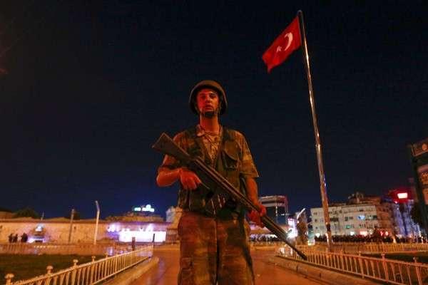 Американские ястребы попробовали завалить Эрдогана