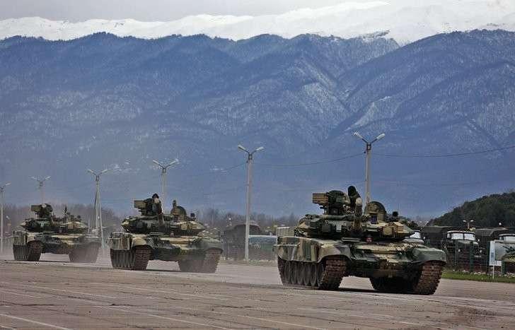 Владимир Путин внёс в Думу на ратификацию соглашение об объединённой группировке войск РФ и Абхазии
