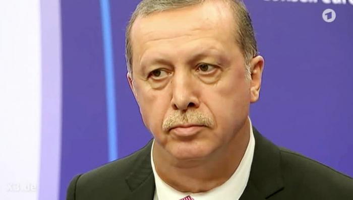 Эрдоган подумывает казнить мятежников. И это правильно!