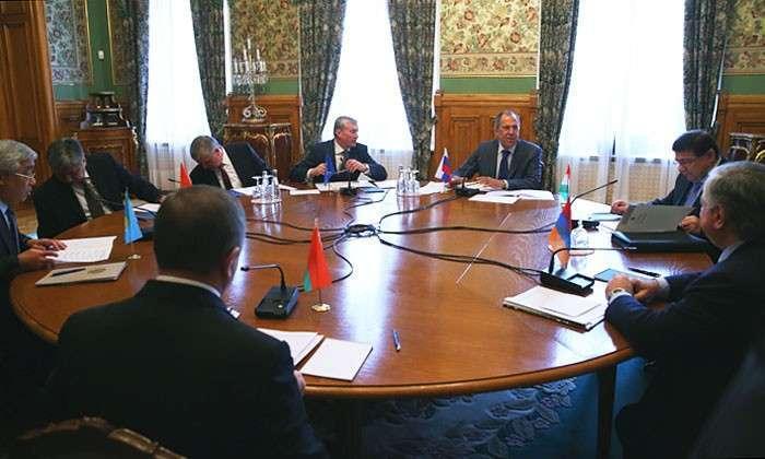 Евразия собирает силы. Россия может использовать опыт НАТО и ЕС при интеграции постсоветского пространства