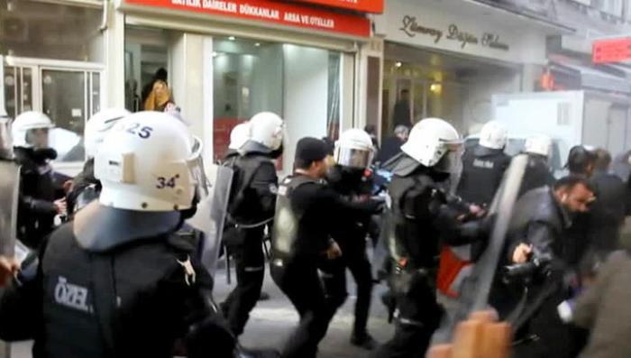 Полиция обнаружила путчистов в Стамбуле и Конье