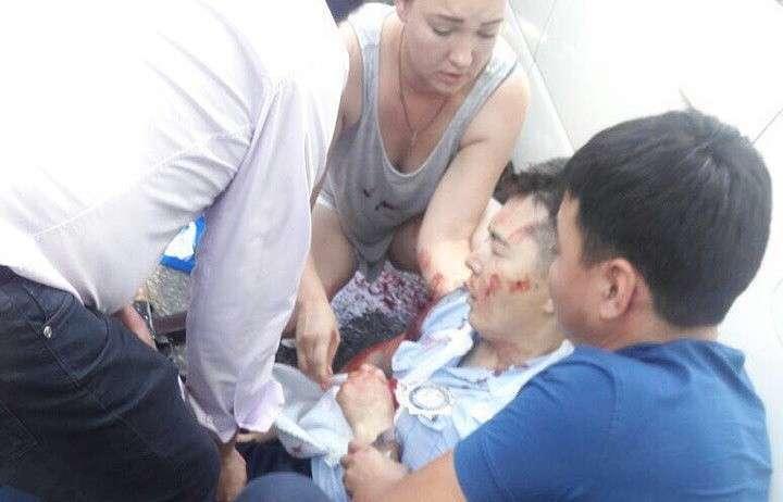 «Красный» уровень опасности: что известно о нападении на полицейских в Алма-Ате
