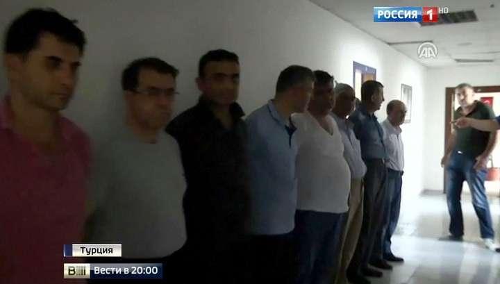 Масштабная «чистка» Эрдогана: заговорщиков выявили за считанные часы