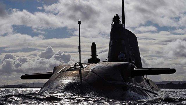 Английская атомная подлодка столкнулась с торговым судном близ Гибралтара