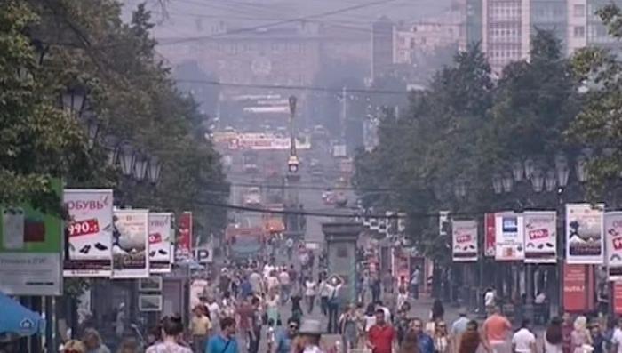 Жители Челябинска второй день дышат воздухом с запахом жжёной пластмассы