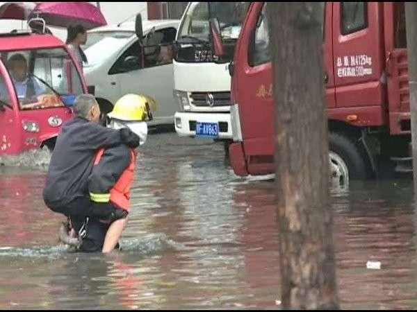 В Китае несколько недель непрерывно идут сильные дожди. Как когда-то во Вьетнаме