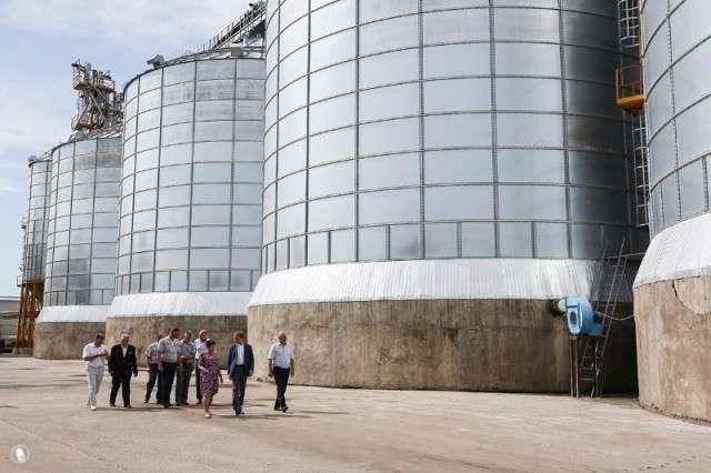 2. В селе Дим Амурской области заработало новое зернохранилище история, политика, факты