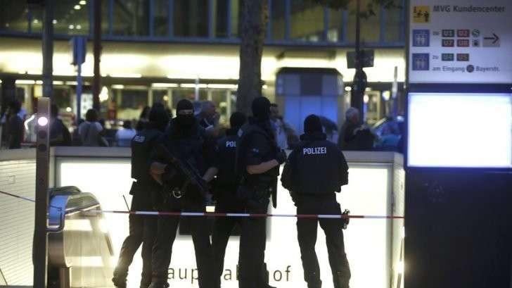 Число жертв стрельбы в Мюнхене возросло до восьми
