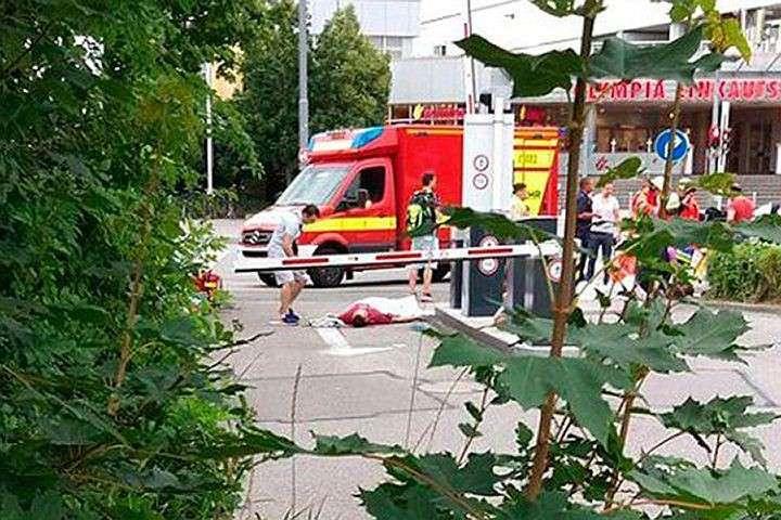 18-летний Давид Сонболи застрелил девятерых и ранил 27 прохожих Фото: Twitter.com