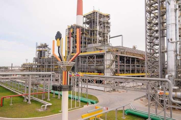 Роснефть запустила на Куйбышевском НПЗ в Самарской области комплекс каталитического крекинга