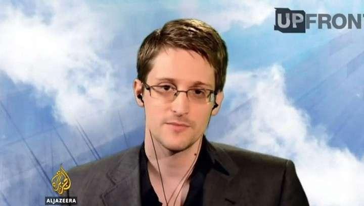 Эдвард Сноуден: США заказывали хакерам политические движения всего мира