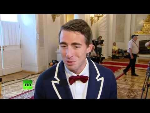 Российские легкоатлеты в интервью RT: Давление на спортсменов только начинается