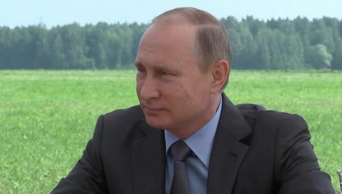 Владимир Путин пообедал с тверскими механизаторами