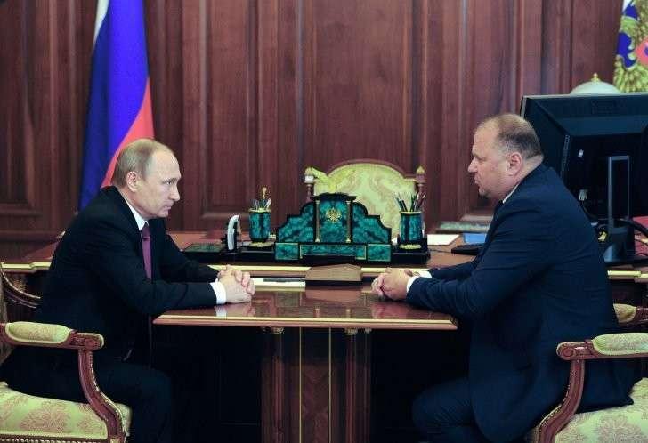 Владимир Путин и Николай Цуканов