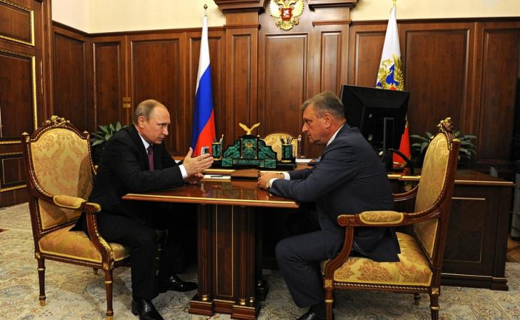 Дмитрий Песков рассказал, почему на важные посты назначают бывших сотрудников ФСБ и ФСО