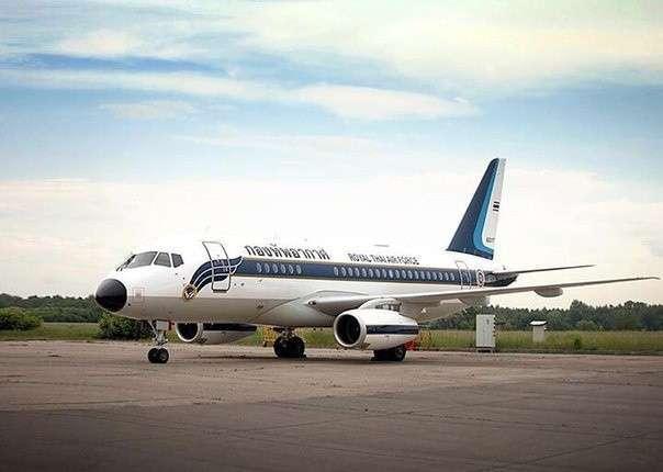 Первый самолет Сухой Суперджет 100 поставлен в Тайланд