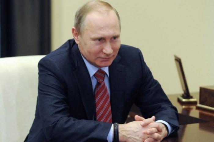 «Смена декораций» в Крыму и посольство без посла: июльские перемены