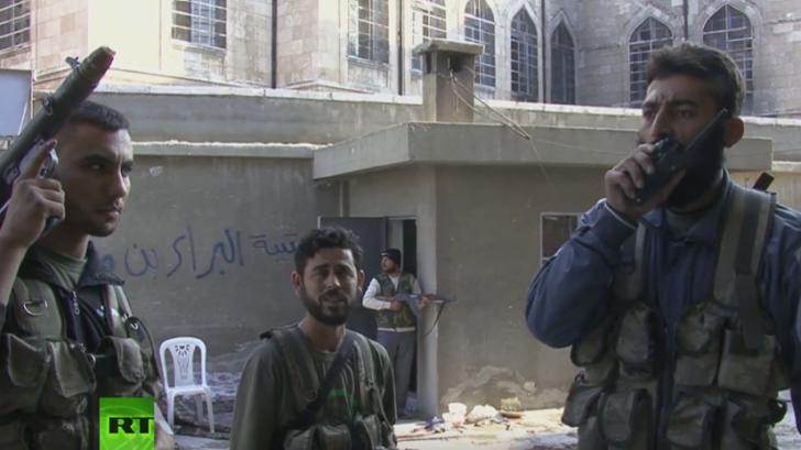 Боевики ИГ показали американское оружие, полученное у сирийской оппозиции