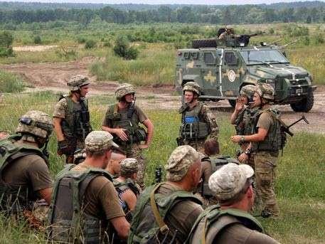 США тайно поставляют летальное оружие украинским карателям