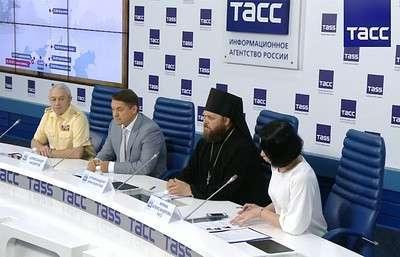 Церковные некрофилы собираются таскать прах адмирала Фёдора Ушакова по городам России