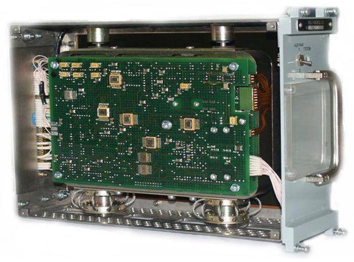 Как поколение ЕГЭ смеётся над 25-килограмовым диском на 50 мегабайт