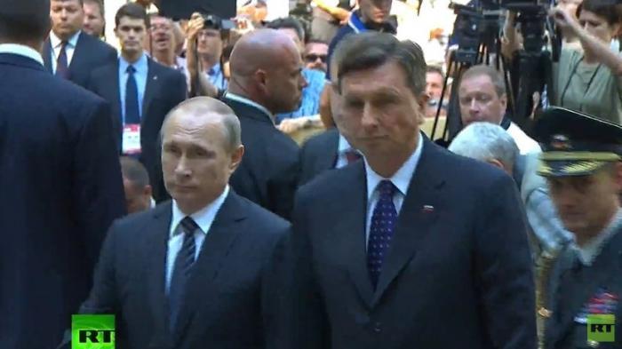 Владимир Путин принимает участие в церемонии открытия часовни в Словении — прямая трансляция