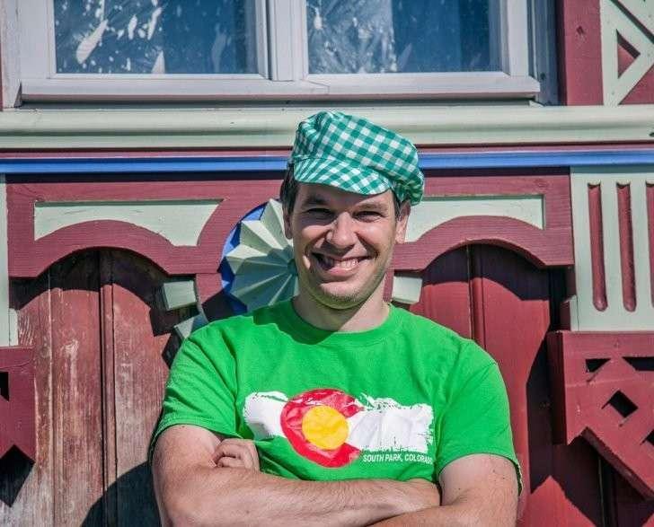 Андрей Павличенков из Москвы восстановил уникальный терем в Чухломе Костромской области, развивает краевой туризм