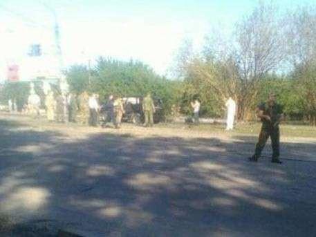 Глава ЛНР госпитализирован после взрыва автомобиля в Луганске