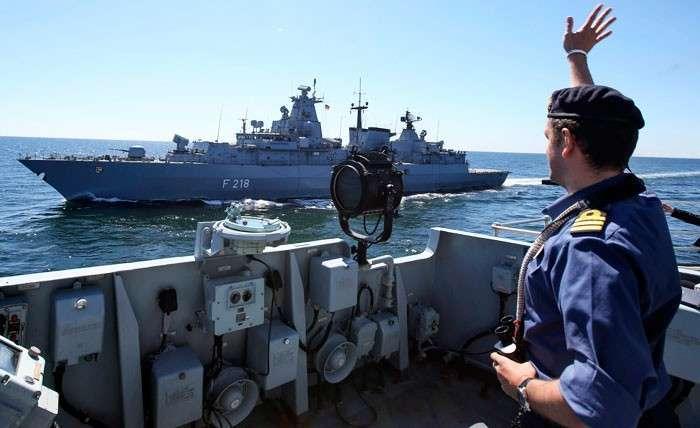 Военные игрушки НАТО. Глобальное противостояние России и Запада в 21 веке примет новые формы